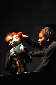 Oficina Teatro de Bonecos de Manipulação Direta