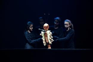 Oficina Montagem de Espetáculo de Teatro de Bonecos