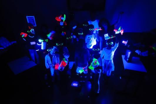 Oficina Bonecos Fluorescentes _ Grupo Girino _ Festival de Inverno de Itabira _ Foto André Fossati 001