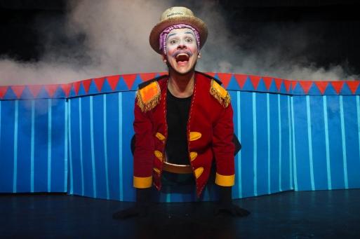 O Fantástico Circo de Papel _ Grupo Girino _ Foto Hugo Honorato