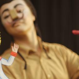 O Pequeno Príncipe de Papel _ Grupo Girino Teatro de Bonecos e Animação _ Foto Marco Vieira