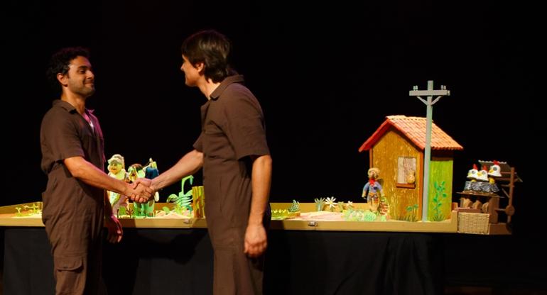 Espetáculo Meu Ambiente | Grupo Girino | Foto Hugo Honorato